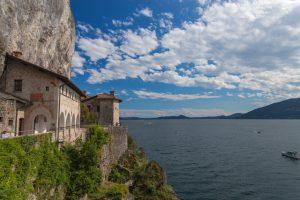 Lago Maggiore, Santa Caterina del Sasso